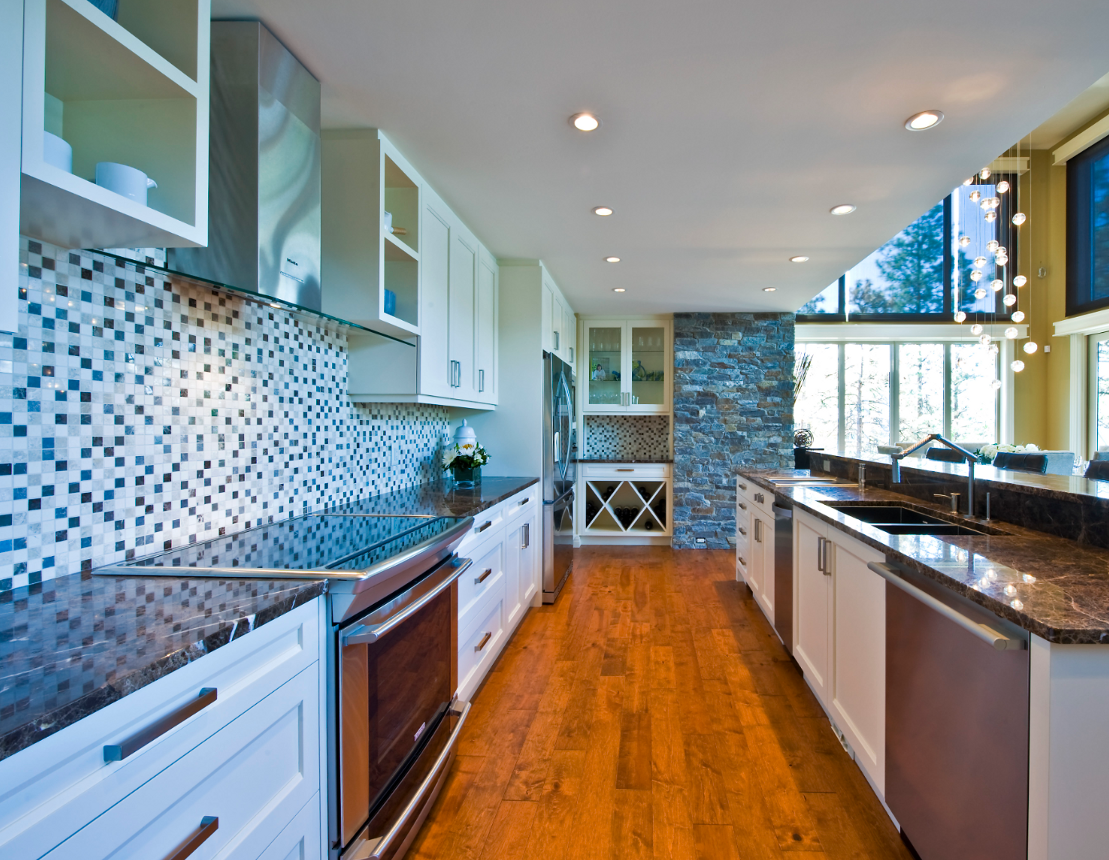 white-shaker-transitional-style-kitchen-cabinetry.png