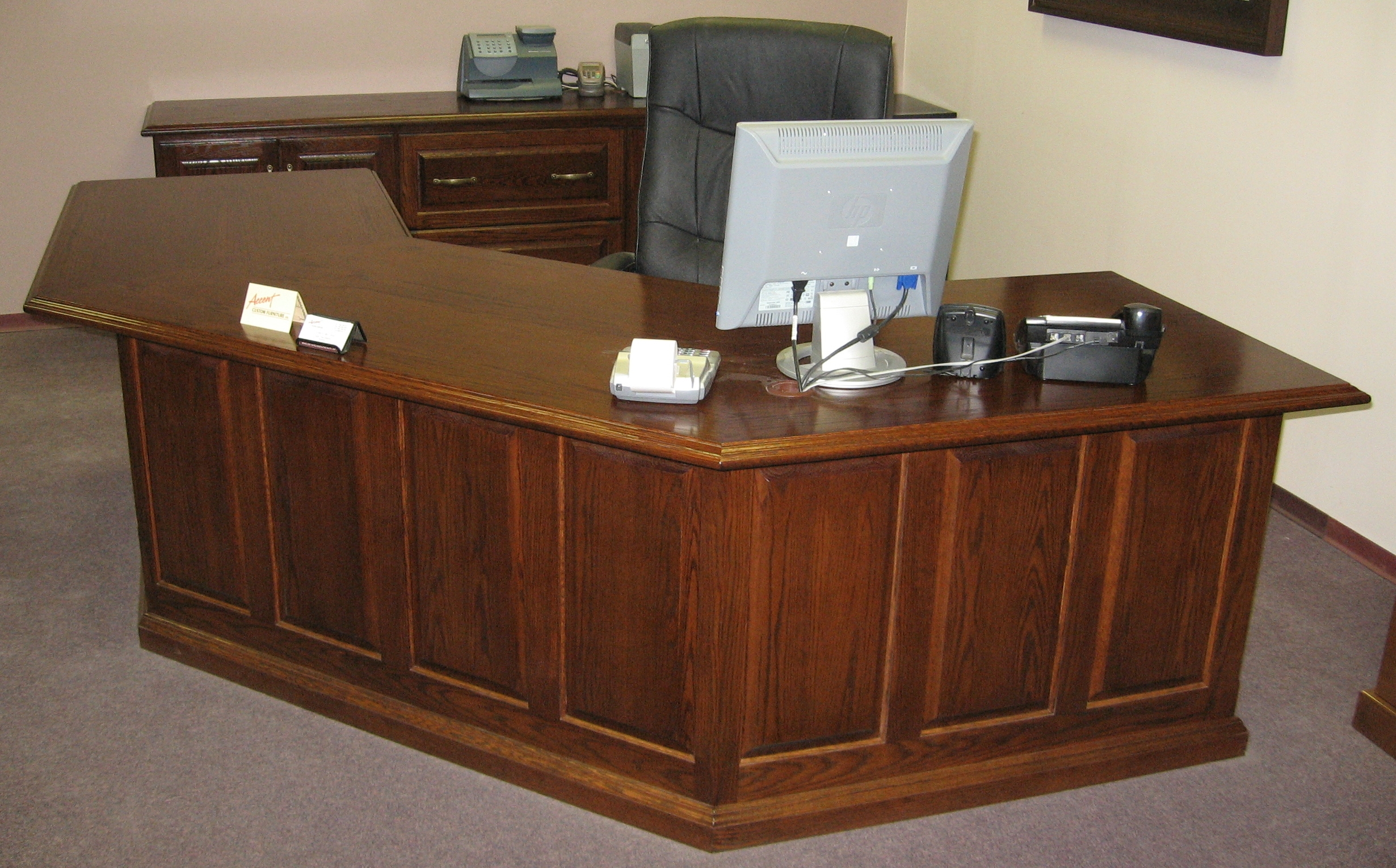 traditional-style-oak-reception-desk-with-front-privacy-panel.JPG