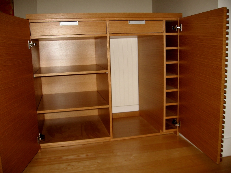 custom-built-wine-bar-cabinet.jpg