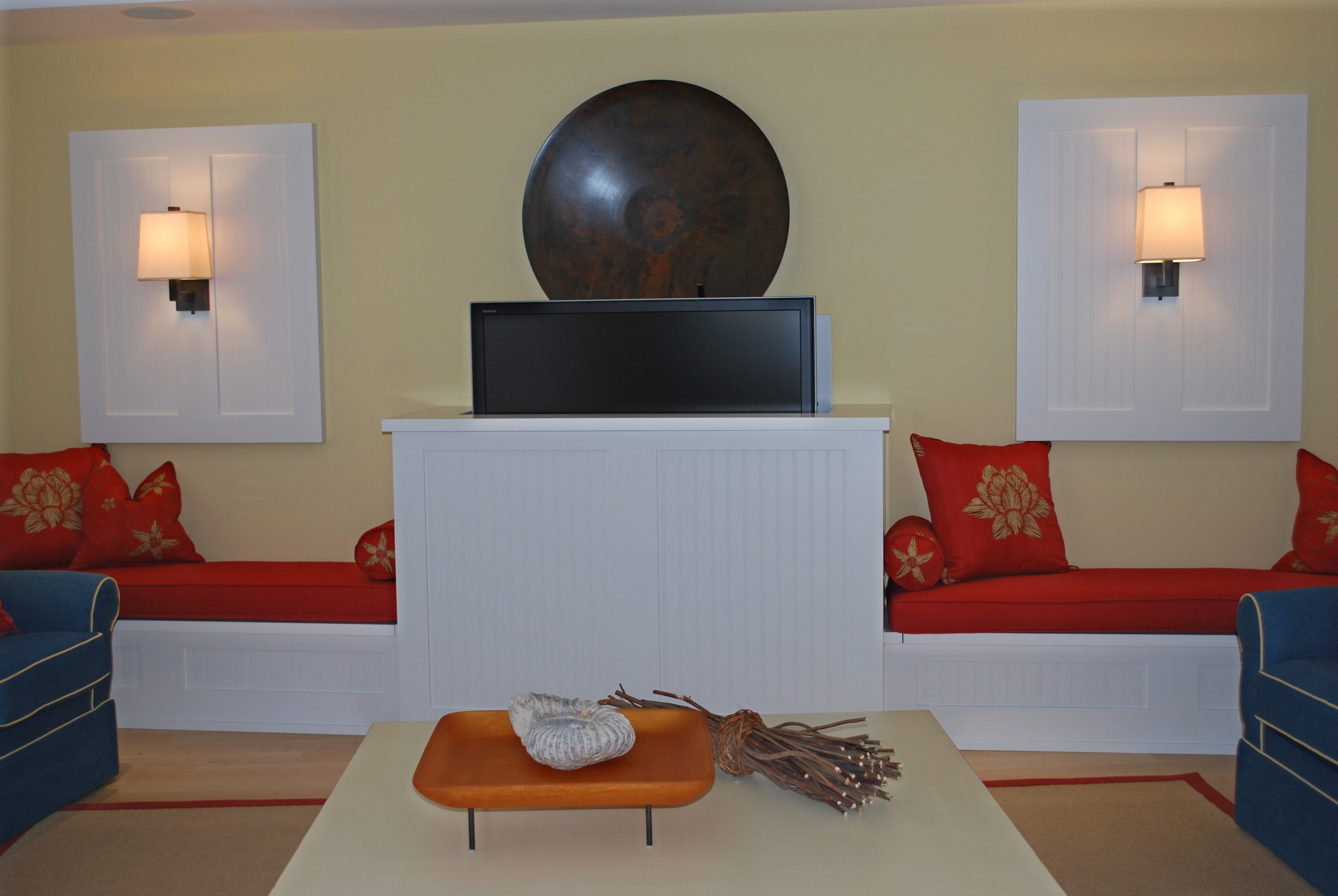 living-room-benches-with-hidden-tv-lift-cabinet.JPG