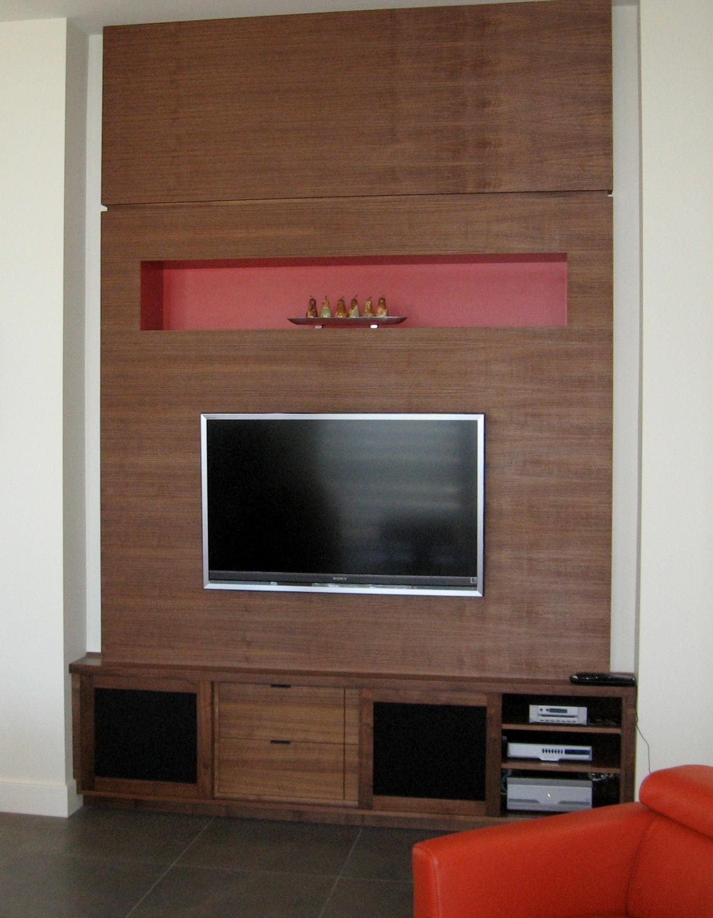 modern-style-tv-entertainment-cabinet.JPG