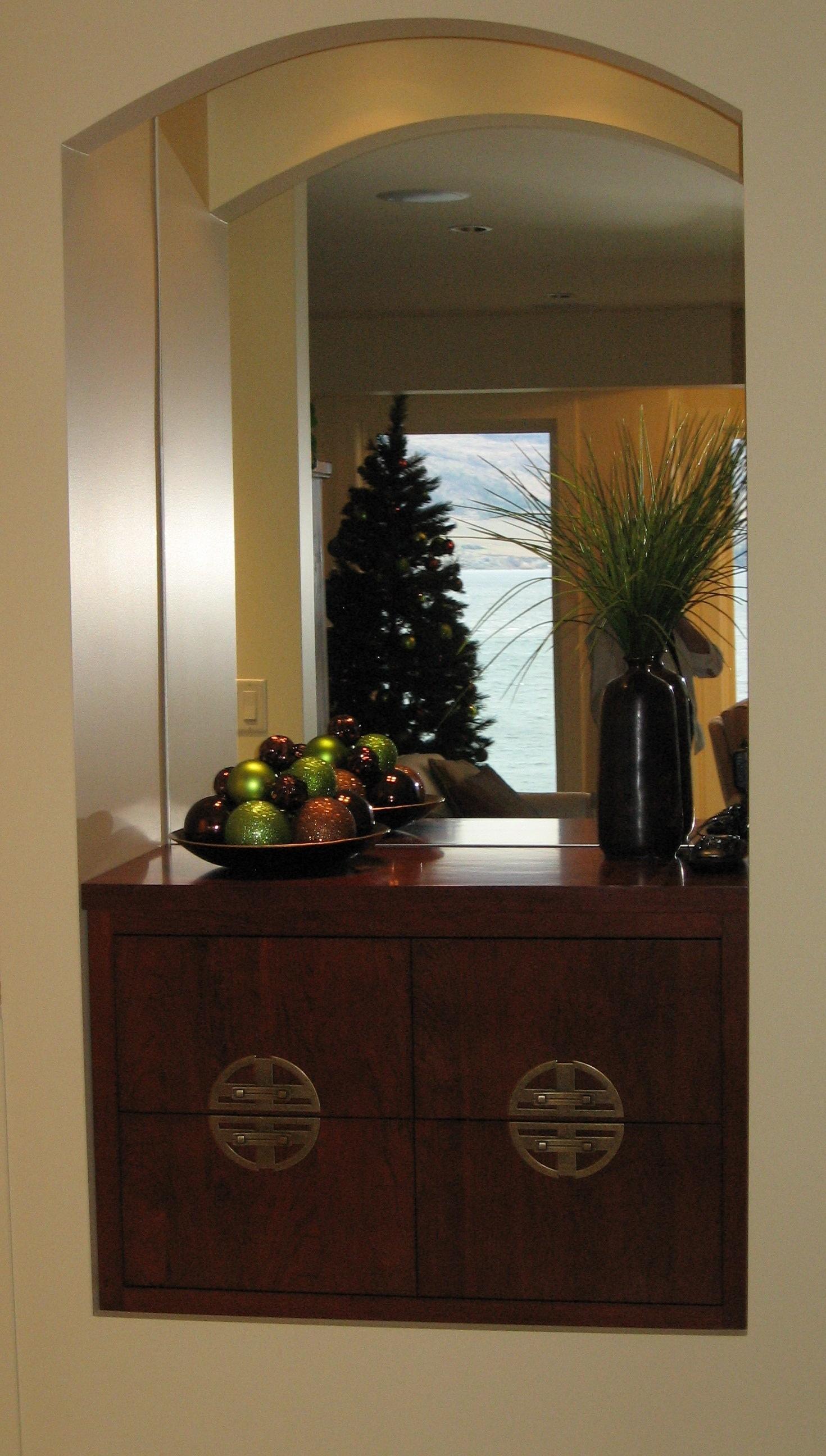 built-in-entry-niche-cabinet.JPG