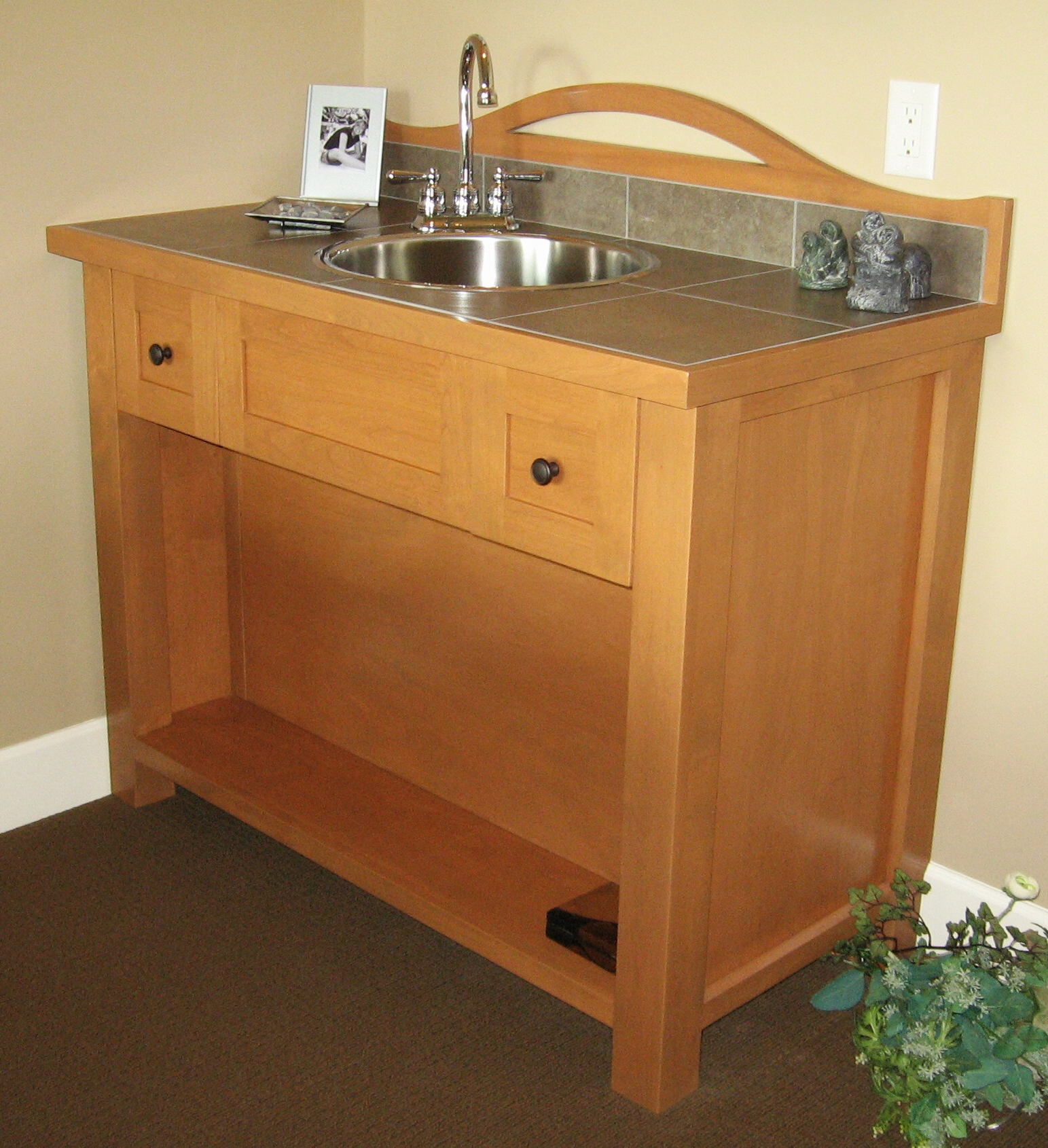arts-and-crafts-style-bar-sink-cabinet.JPG