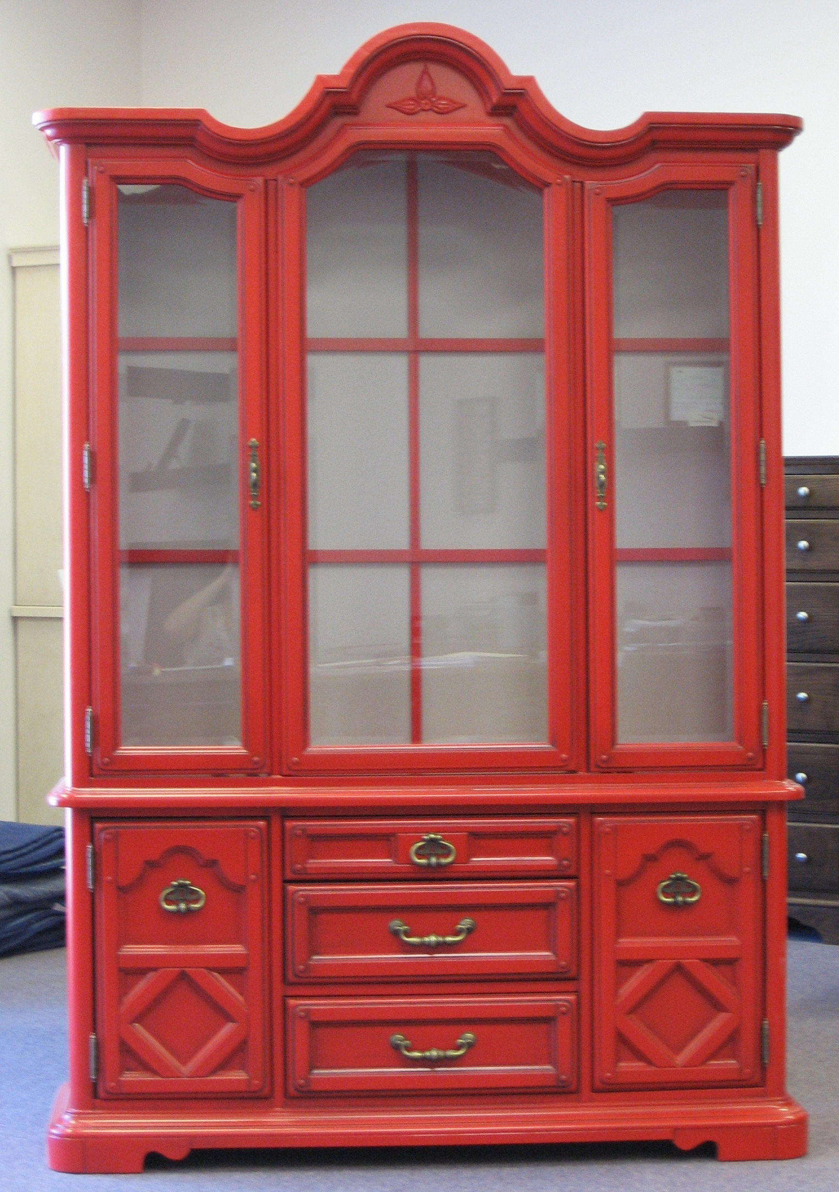 asian-style-red-painted-china-cabinet.JPG