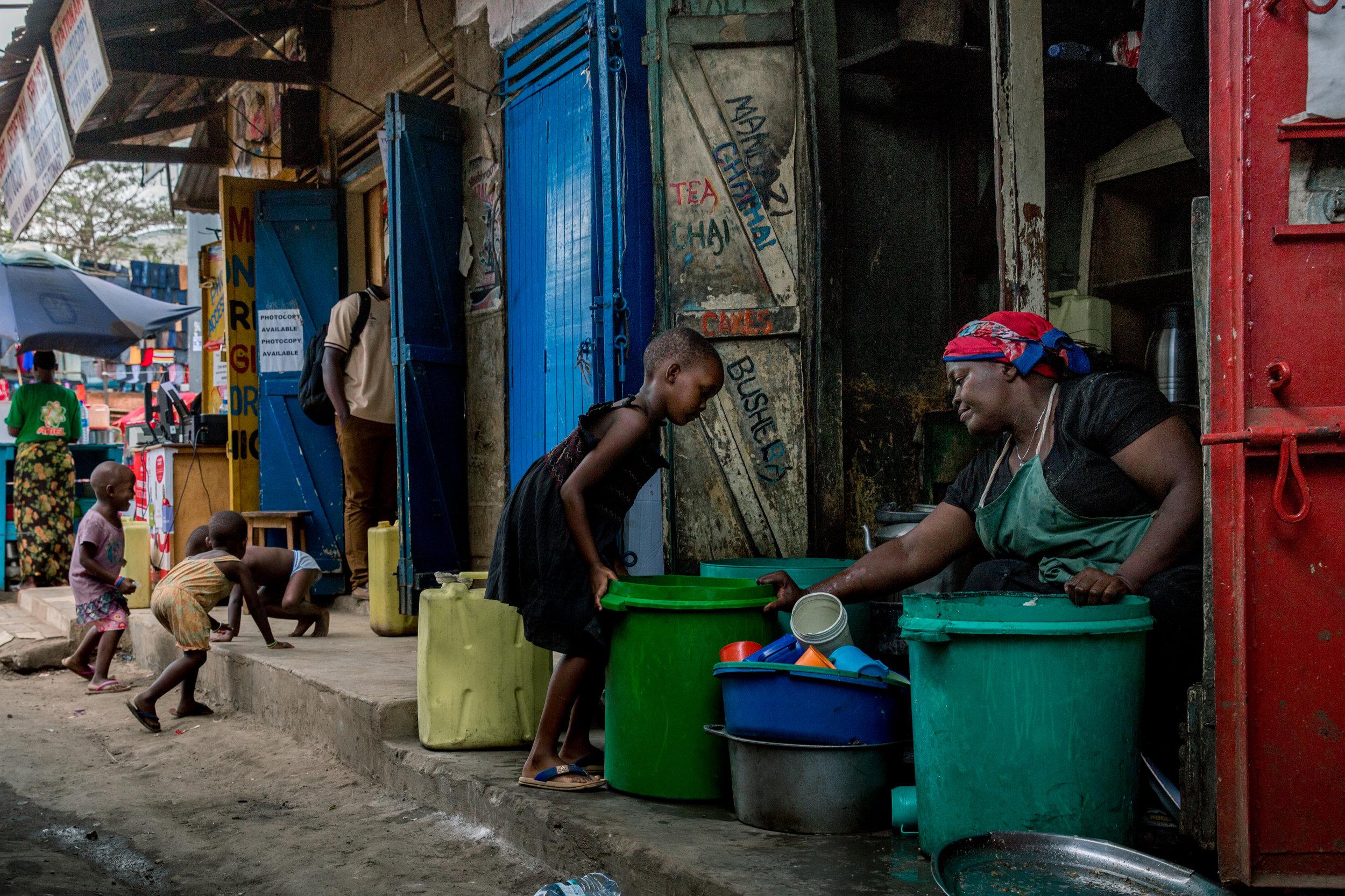 UgandaDay5StreetPhotos-7.jpg