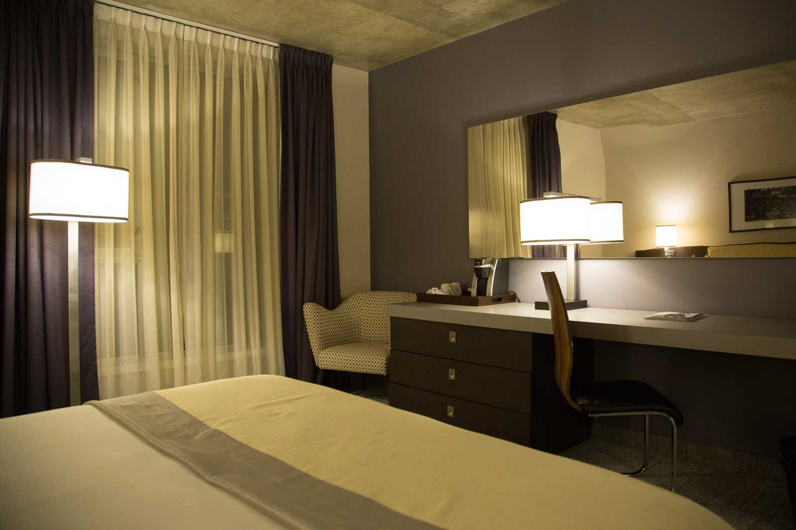Hotel-10-Montreal-1.jpg