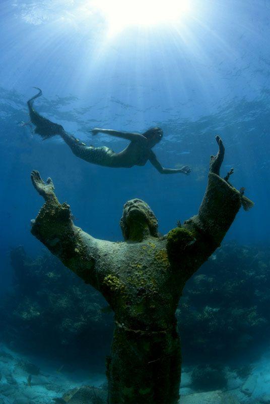 Excursion Option: Museo de Subaquatico