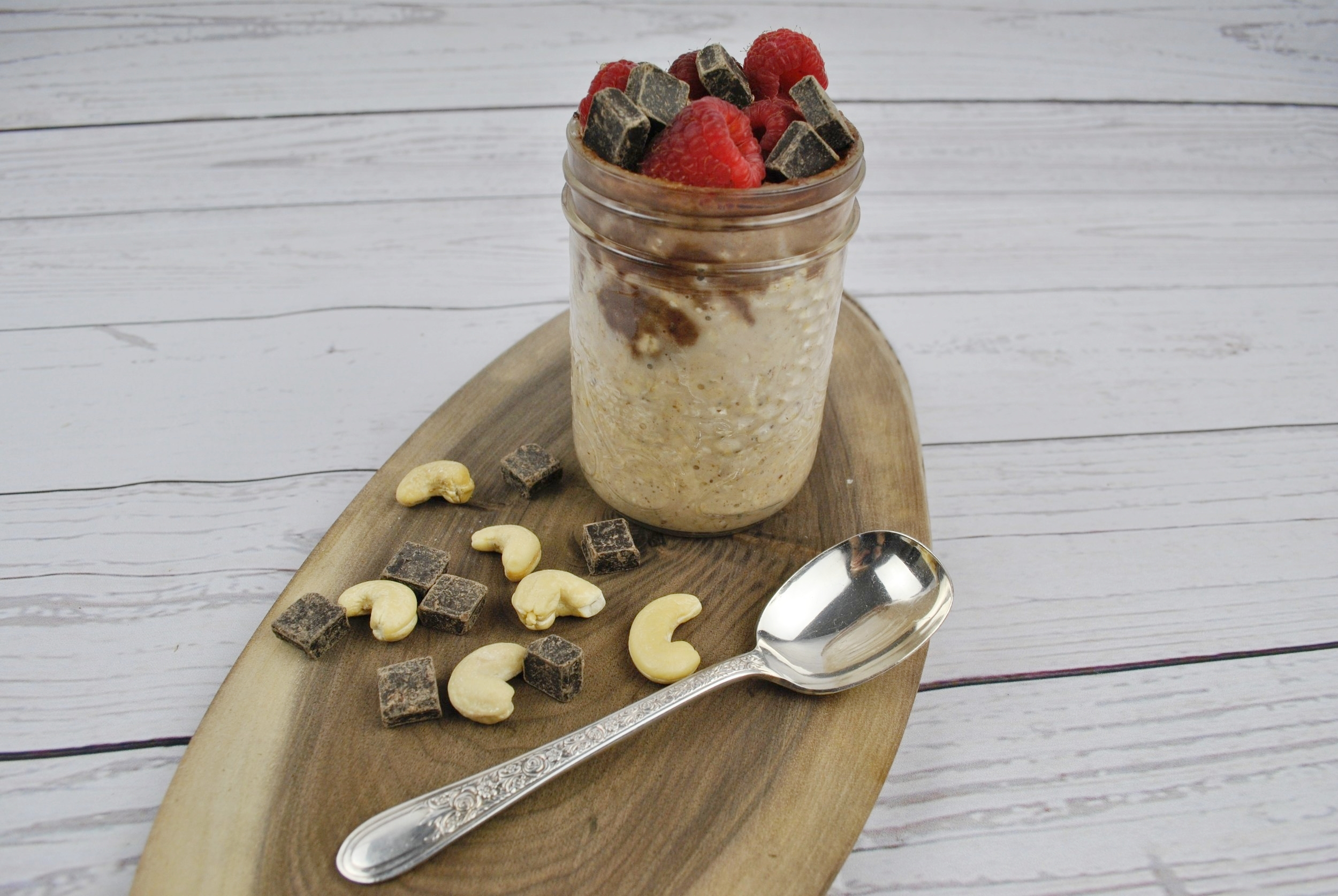 Chocolate Cashew Cream Overnight Oats.jpg