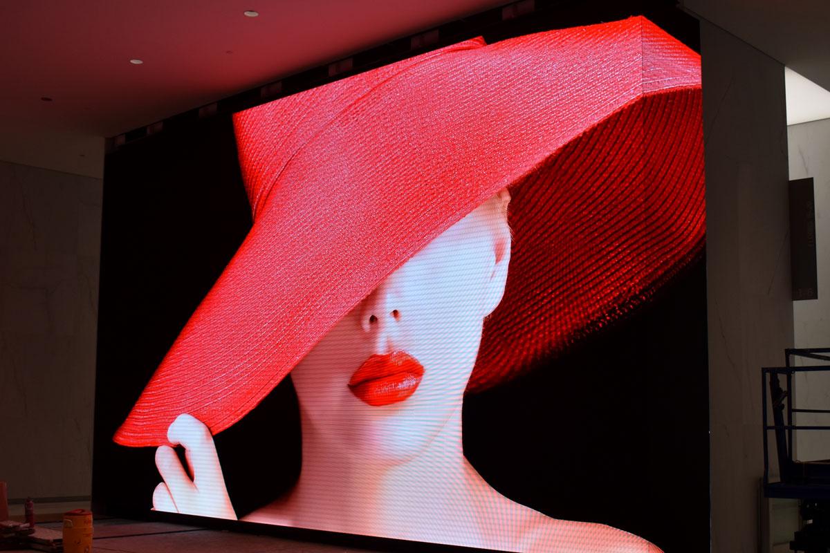 Diseño y Moda en pantallas LED