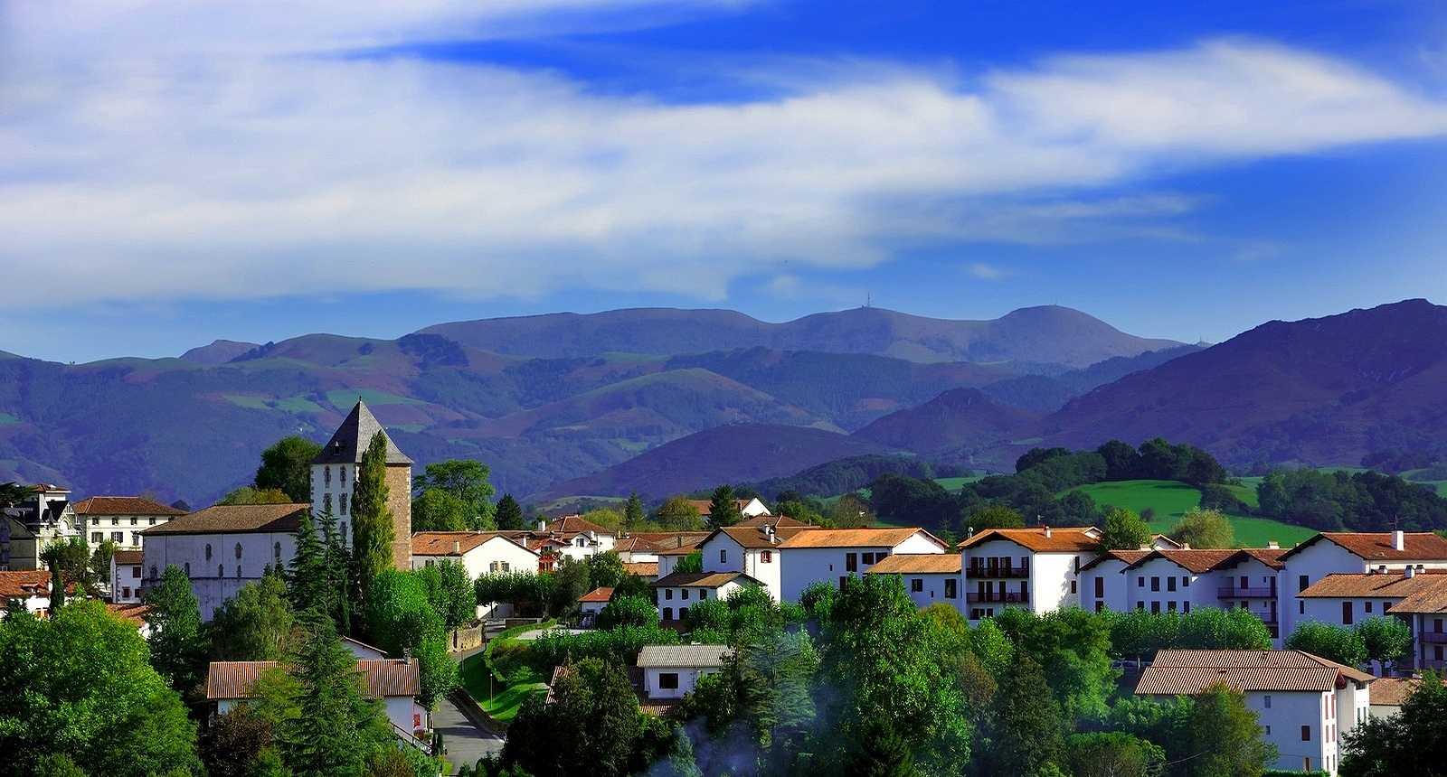 Sare, Basque village
