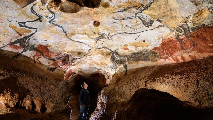 Dordogne - Grotte de Lascaux.jpg