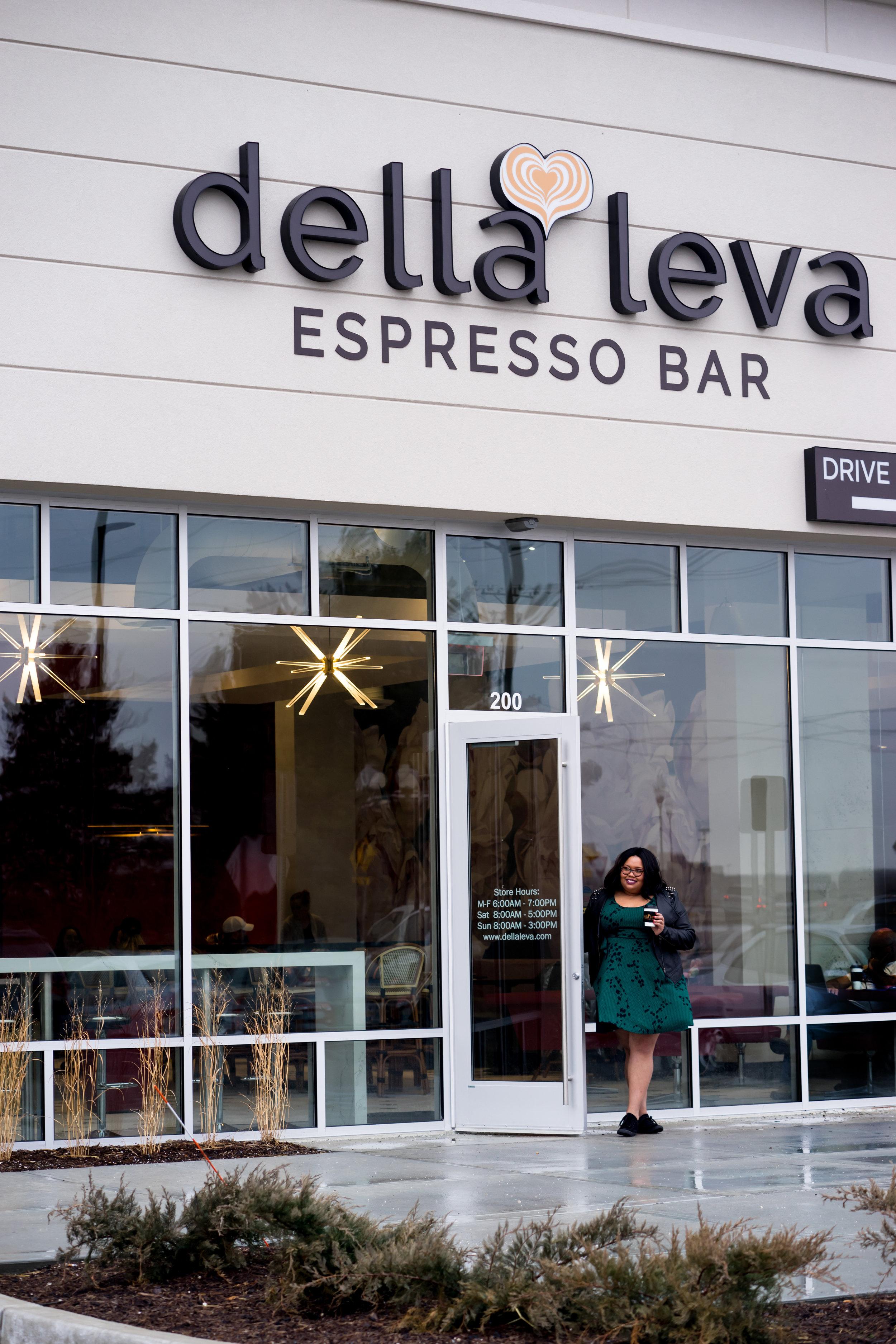 Eclectic Kurves_Della Leva Espresso Bar-18.jpg