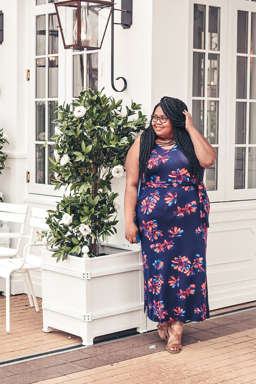 Get a little bit fancy for your holiday get-together! Enjoy this fun floral maxi dress perfect for the 4th of July!