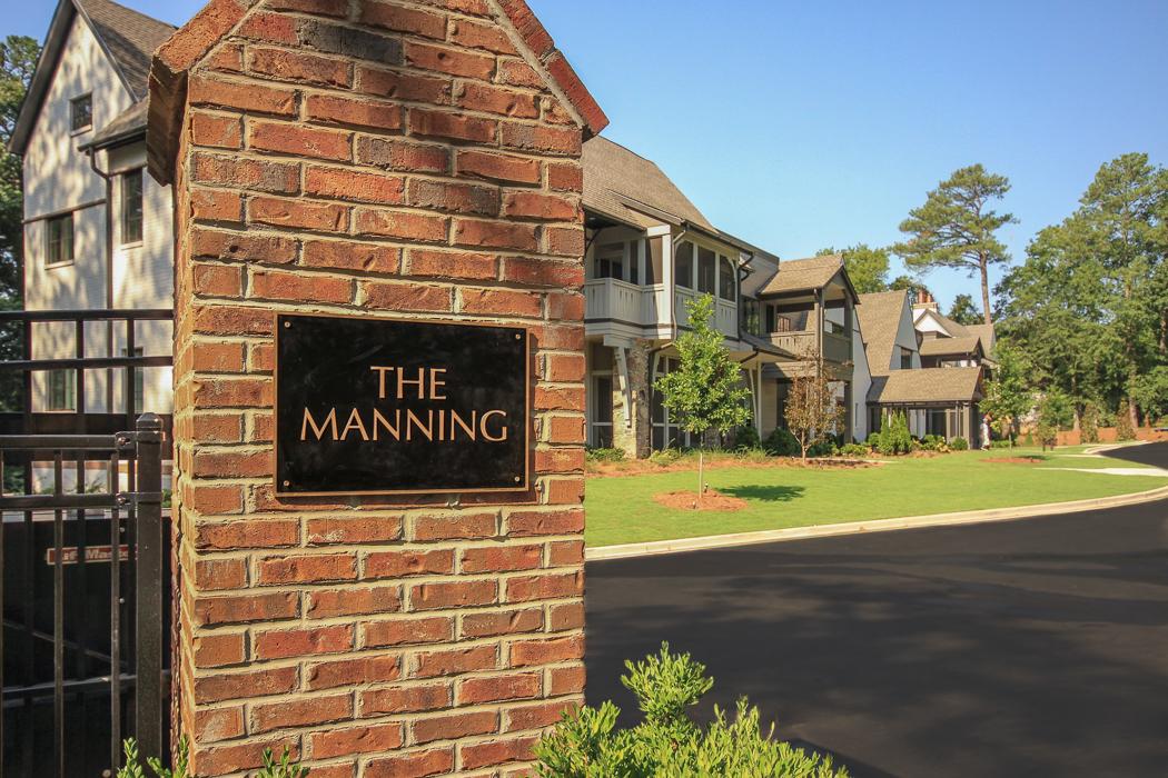 The Manning 12-021-4-W.jpg
