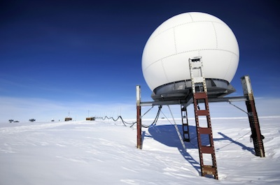 A research station, with ropes connecting it to the base to ensure safety of travel.©Getty Images