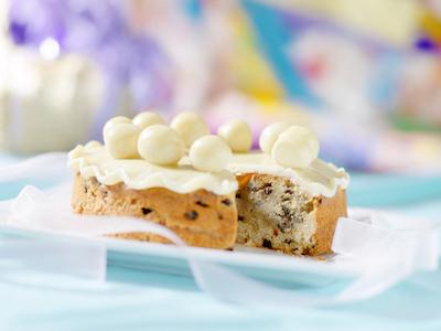A simnel cake Photo ©iStock