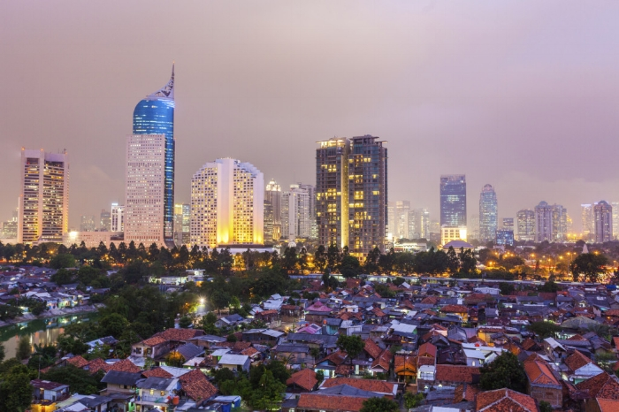 In Jakarta the people live in the city and around the cities in suburbs.