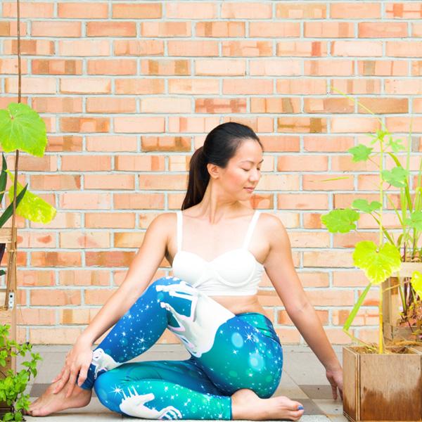 Sabrina-Choo-Yoga-Insrtuctor-Jiva-Yoga-Saigon_LR.jpg