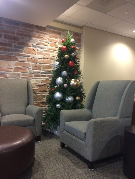 The spacious family waiting room for Labor and Delivery decorated for the holidays!