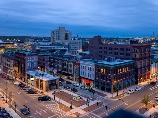 Aerial shot of downtown Decatur, IL    Wikimedia