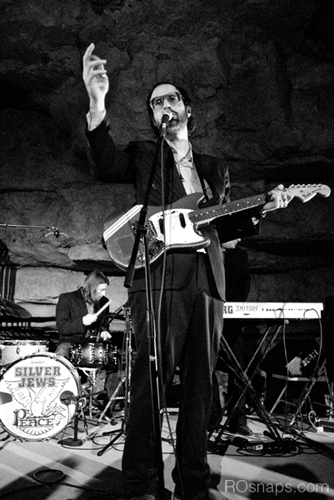 David Berman of the Silver Jews plays his final show in an underground cave |  Ro Tam