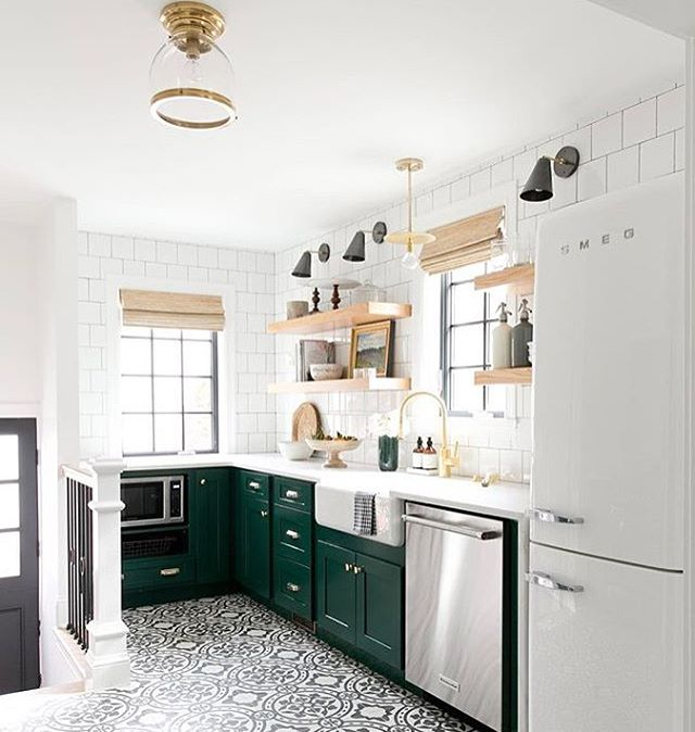 Look how fun and cute this kitchen is from @studiomcgee I love when fun pops of colors are added to a space, and this floor tile is one I've had a crush on for awhile. #homeinspo #roominspo #instastyle #instadesign #interiordesign #kitchen #colorpop #lovedesign