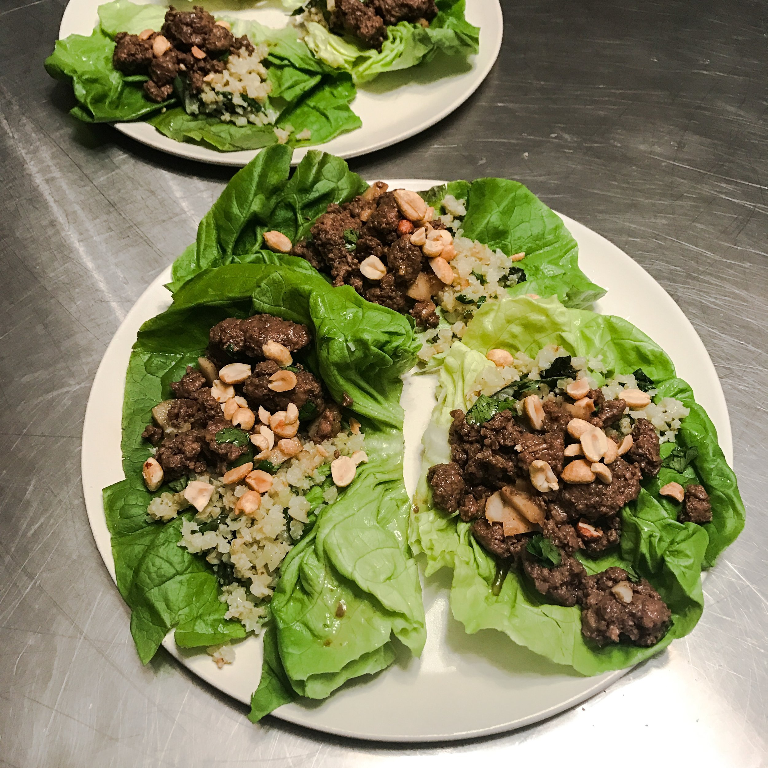 KETO RECIPE: THAI BEEF LETTUCE WRAPS WITH BASIL CAULIFLOWER RICE by Jen Fisch via Keto In The City
