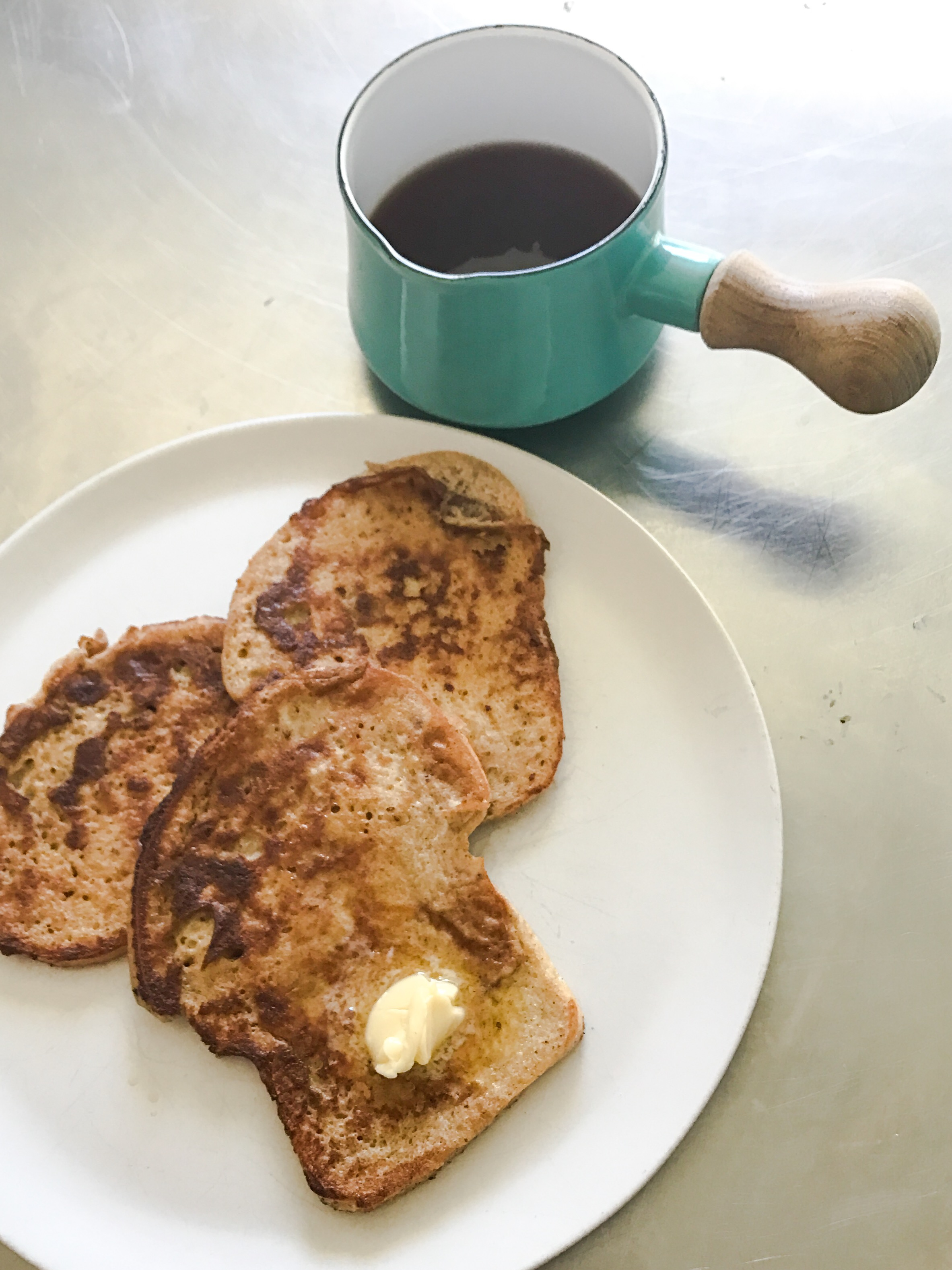 KETO RECIPE: KETO FRENCH TOAST by Jen Fisch via Keto In The City