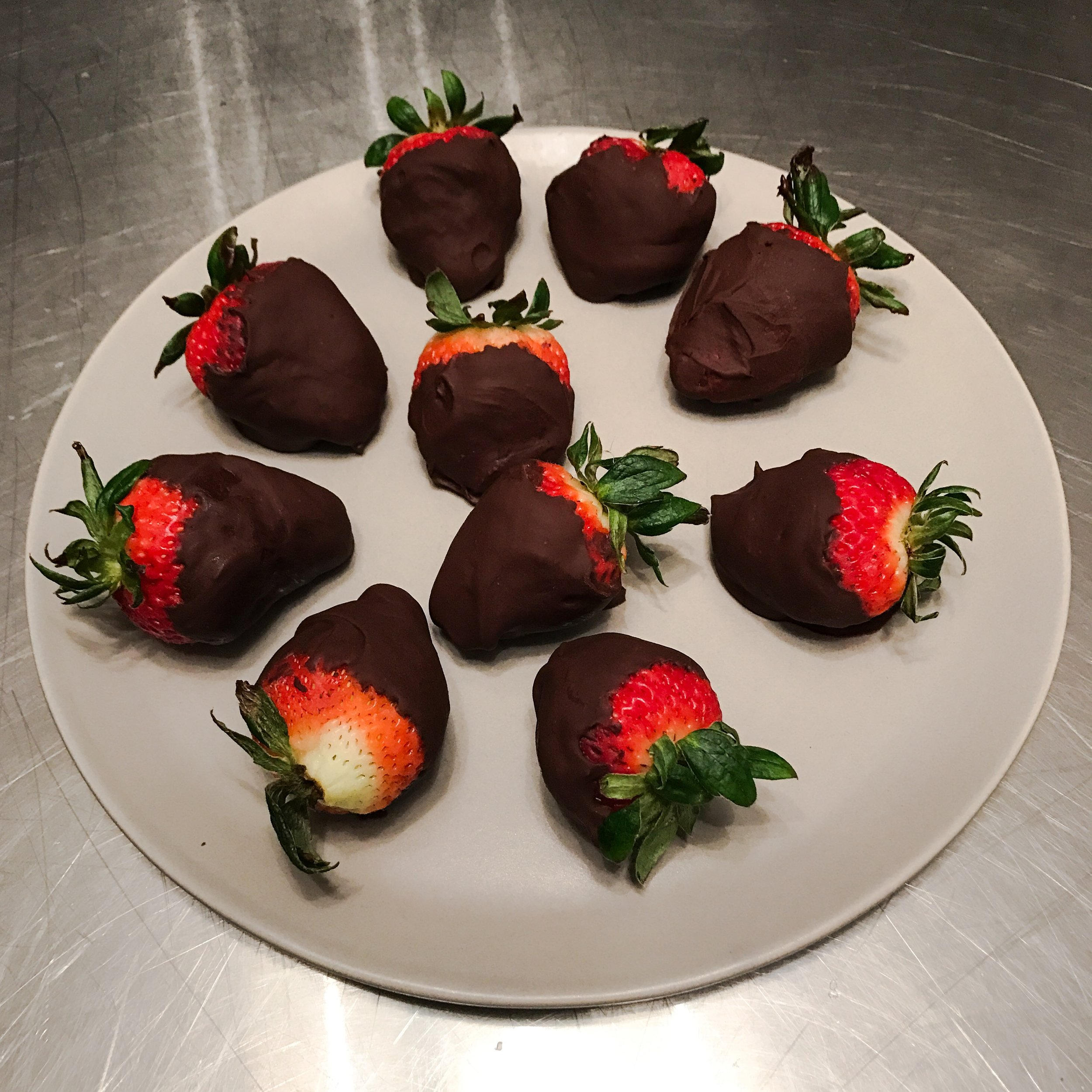 KETO RECIPE: A VALENTINE DINNER FOR TWO, SEARED STEAK WITH BUTTERNUT SQUASH & SWISS CHARD GRATIN AND DARK CHOCOLATE COVERED STRAWBERRIES by Jen Fisch via Keto In The City