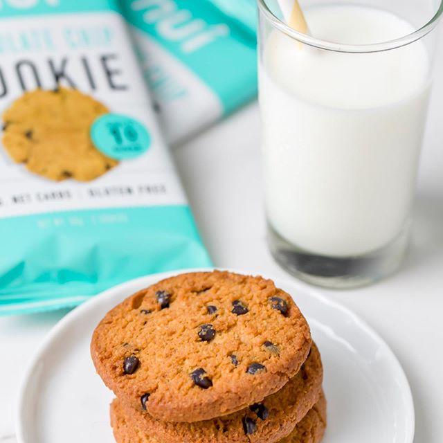 chocolatechipcookiesandmilk.jpg