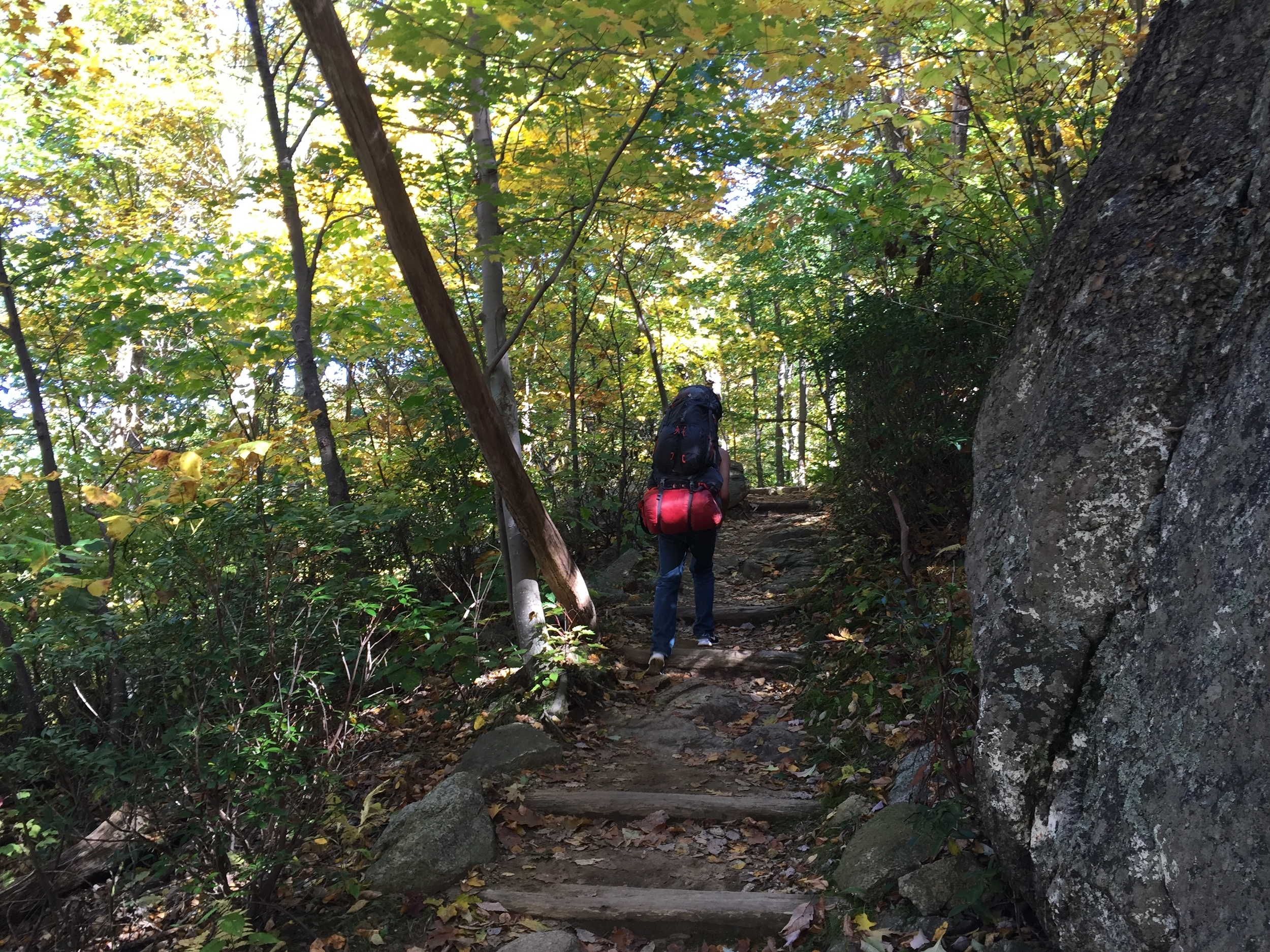 Hiking up to Olg Rag