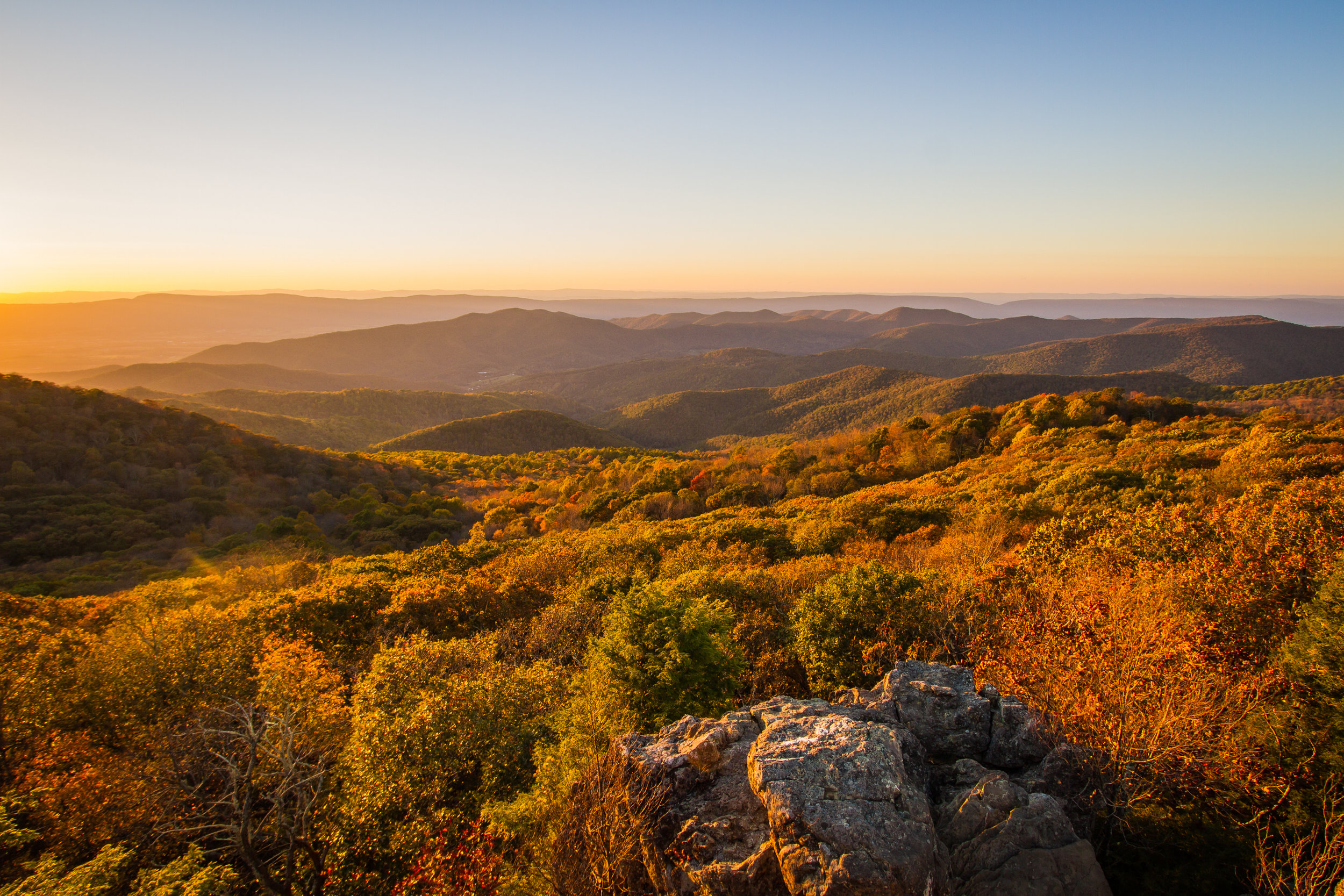Sunset over the mountains from Bearfence Mountain, Shenandoah National Park