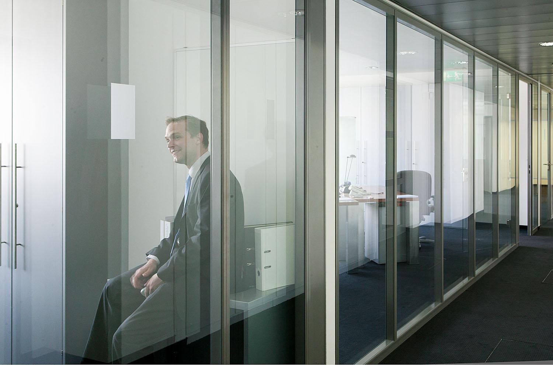 corporate_19.jpg