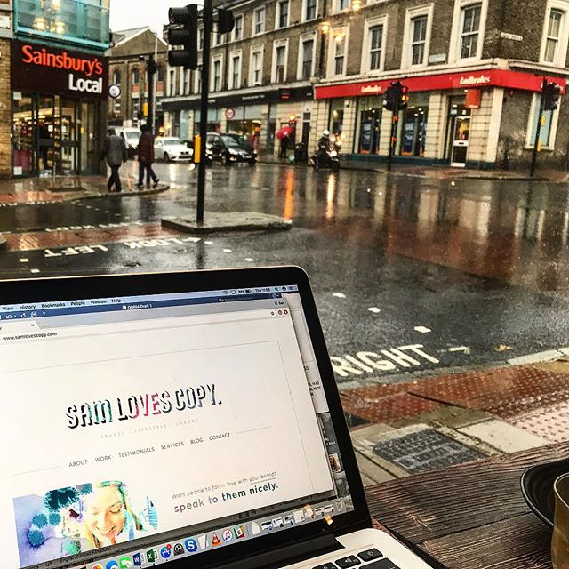 Yeuch, London! Guess I'll have to just keep on ordering all the hot drinks... 🤷🏼♀️☕️☔️ #coffee #tea #umm #rain *ALSO* irony that I'm trying to write about the warm, tropical beauty of Dubai. Finding it hard to relate...