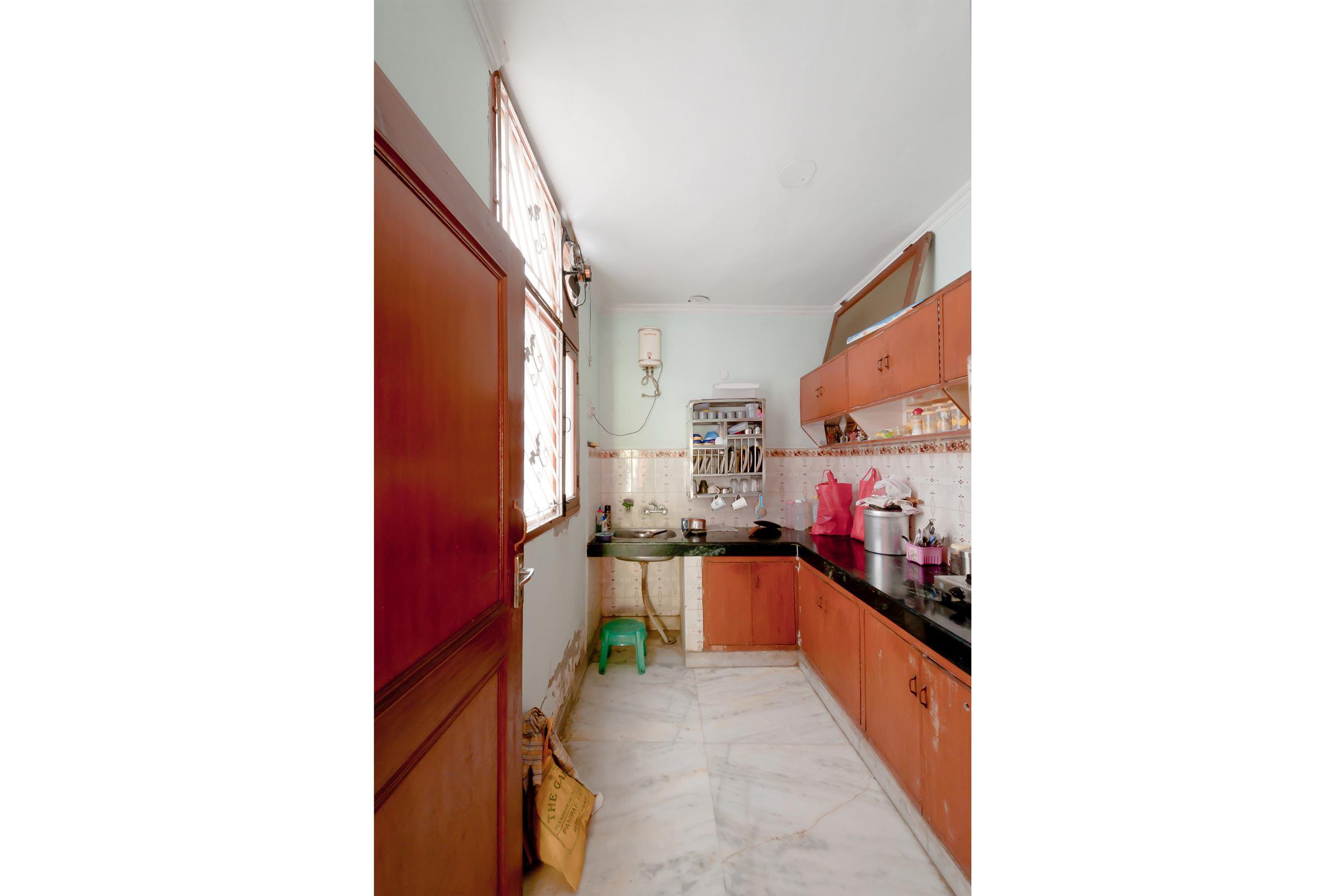 FUW_the-indian-middleclass-kitchen_11-sanjam.jpg