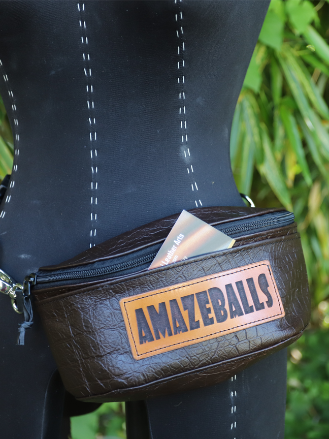 Hip Bag Amazeballs 1.png