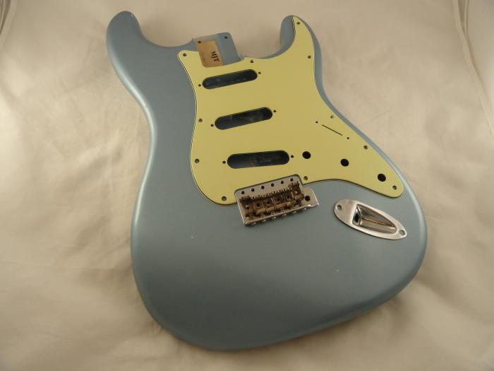 24 - Ice Blue Metallic