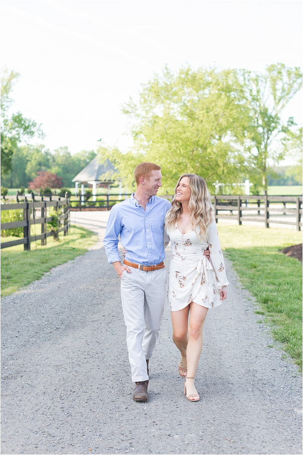 Virginia-Horse-Farm-Engagement-Session-Hill-City-Bride-Virginia-Wedding-Blog_0005(pp_w611_h915).jpg