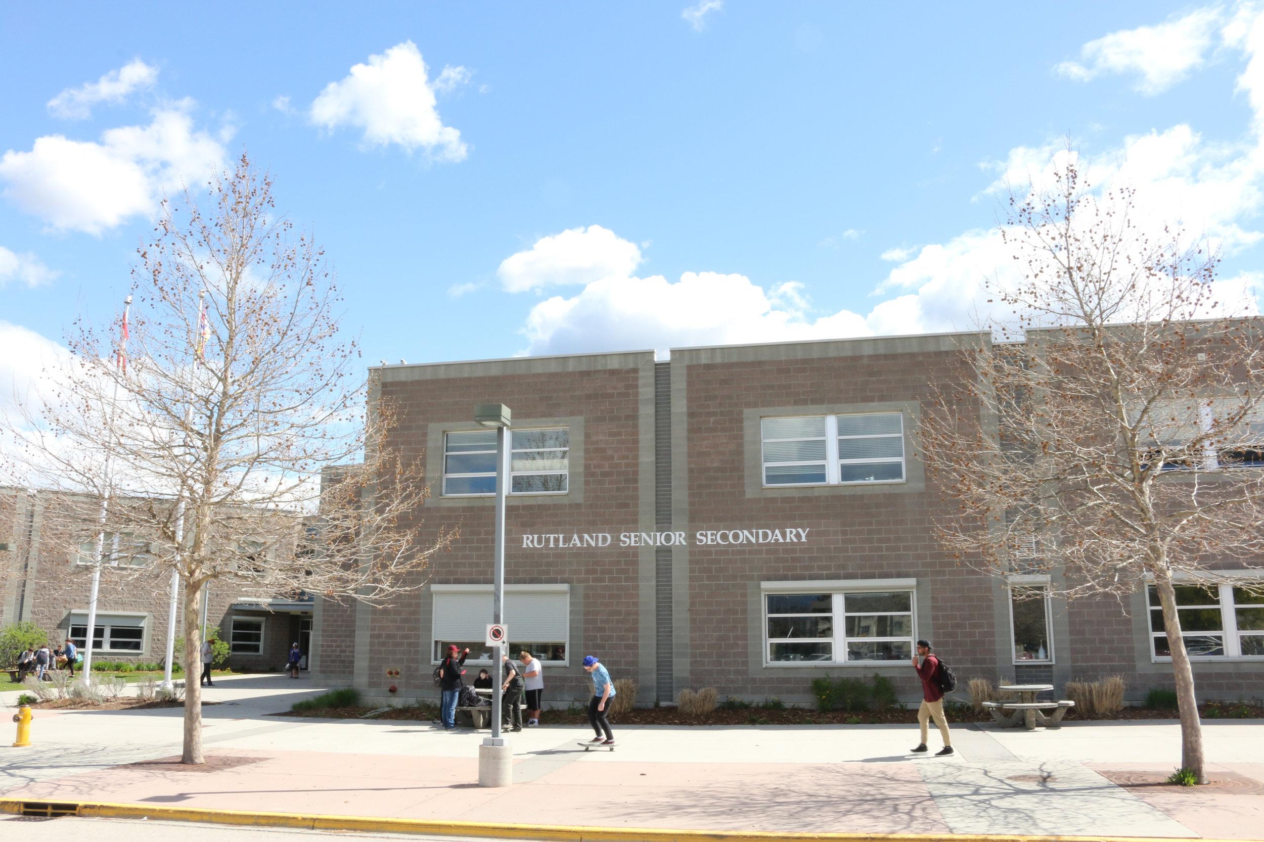 kelowna-rutland-senior-secondary-school.jpg