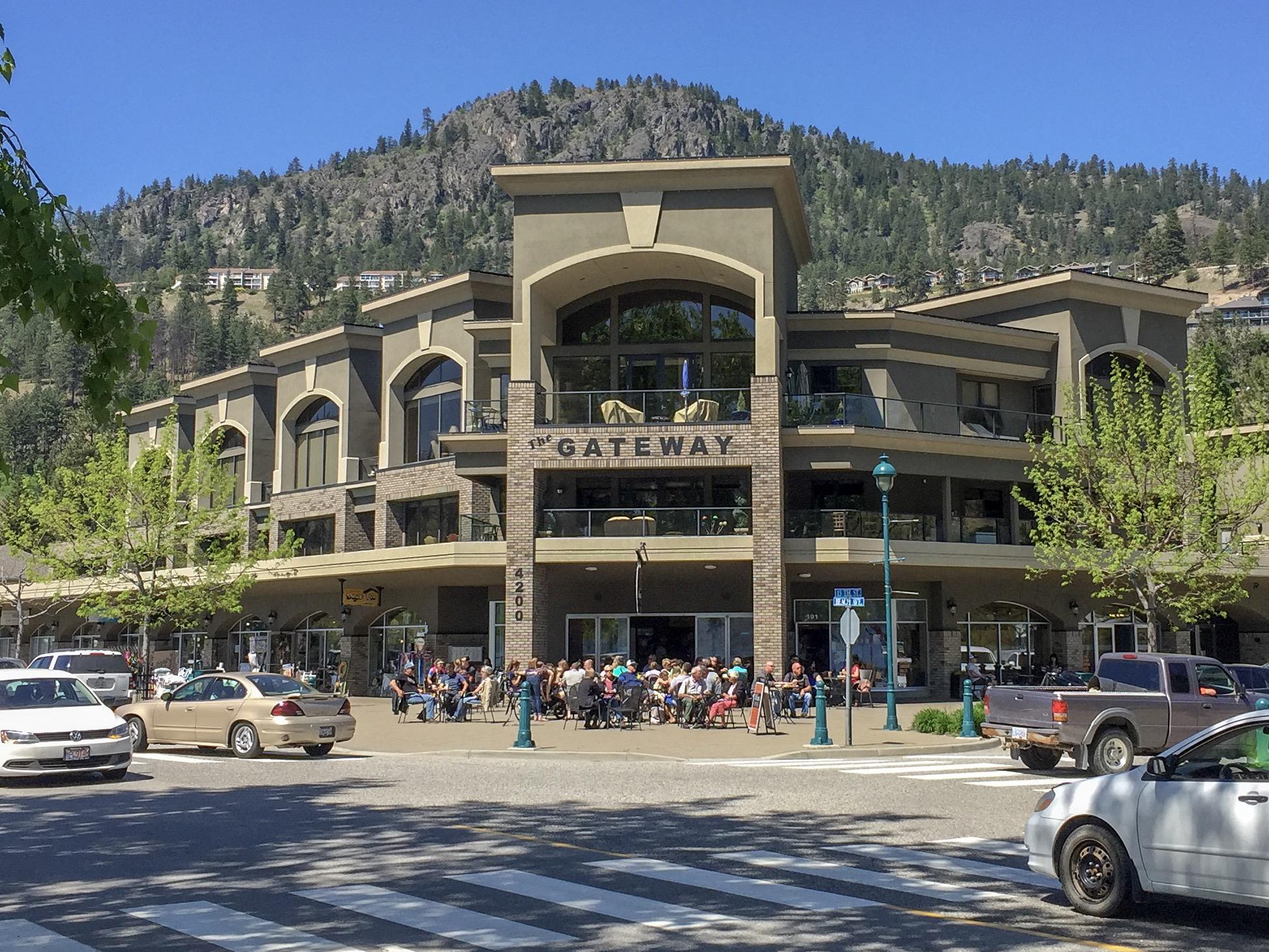 The Gateway Shopping on Beach Avenue Peachland
