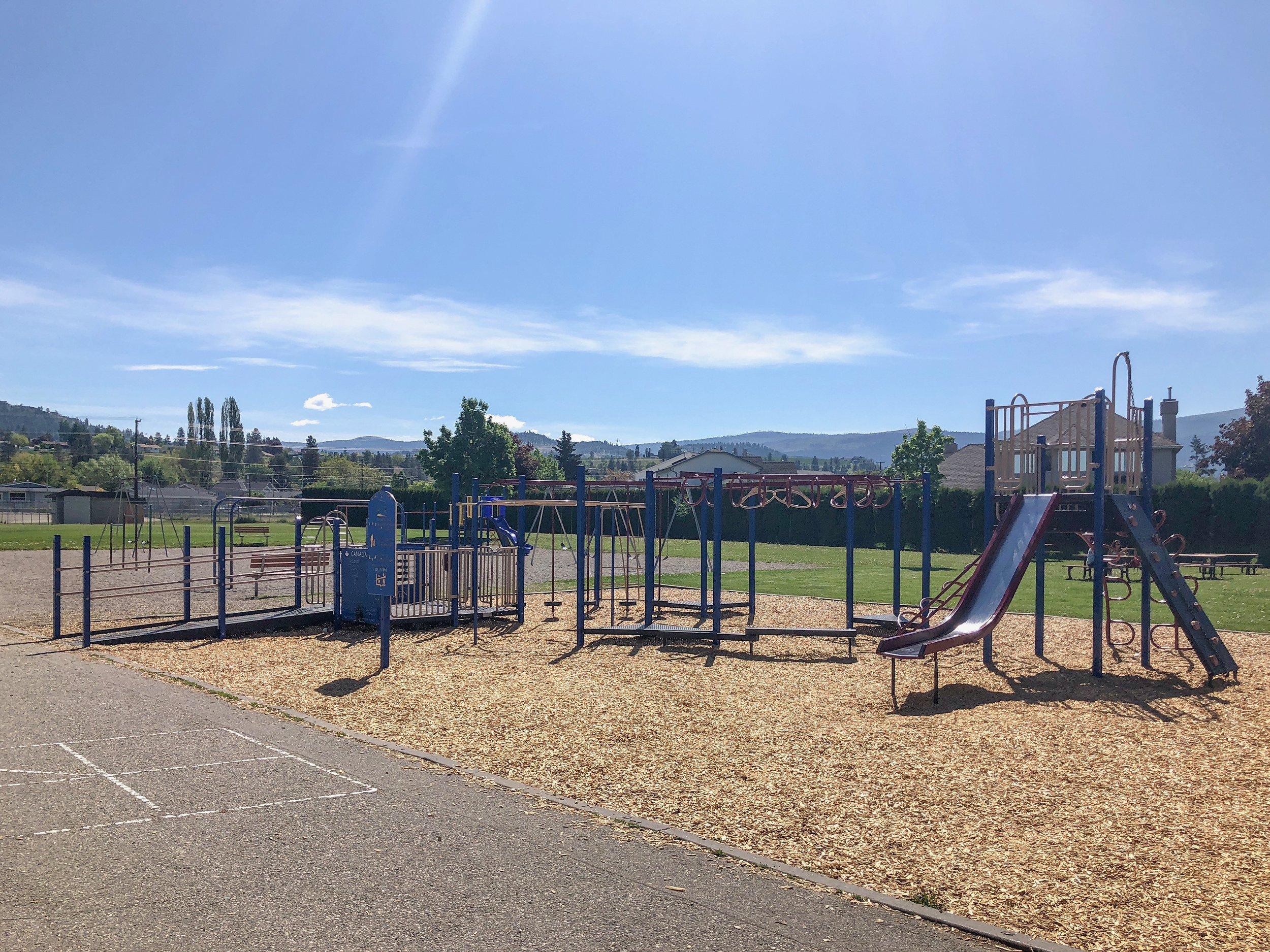 quigley-elementary-school-kelowna-rutland-neighbourhood-joshua-elliott-05.JPG