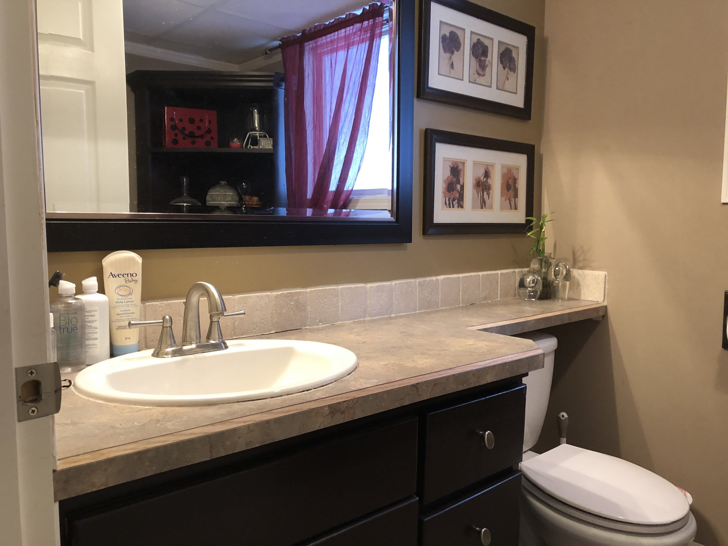 Suite/Shared Bathroom on Grade Level