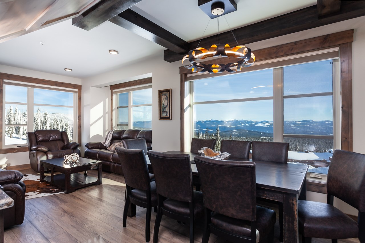 530-feathertop-way-big-white-bc-canada-dining-area-with-monashee-mountain-view.jpg
