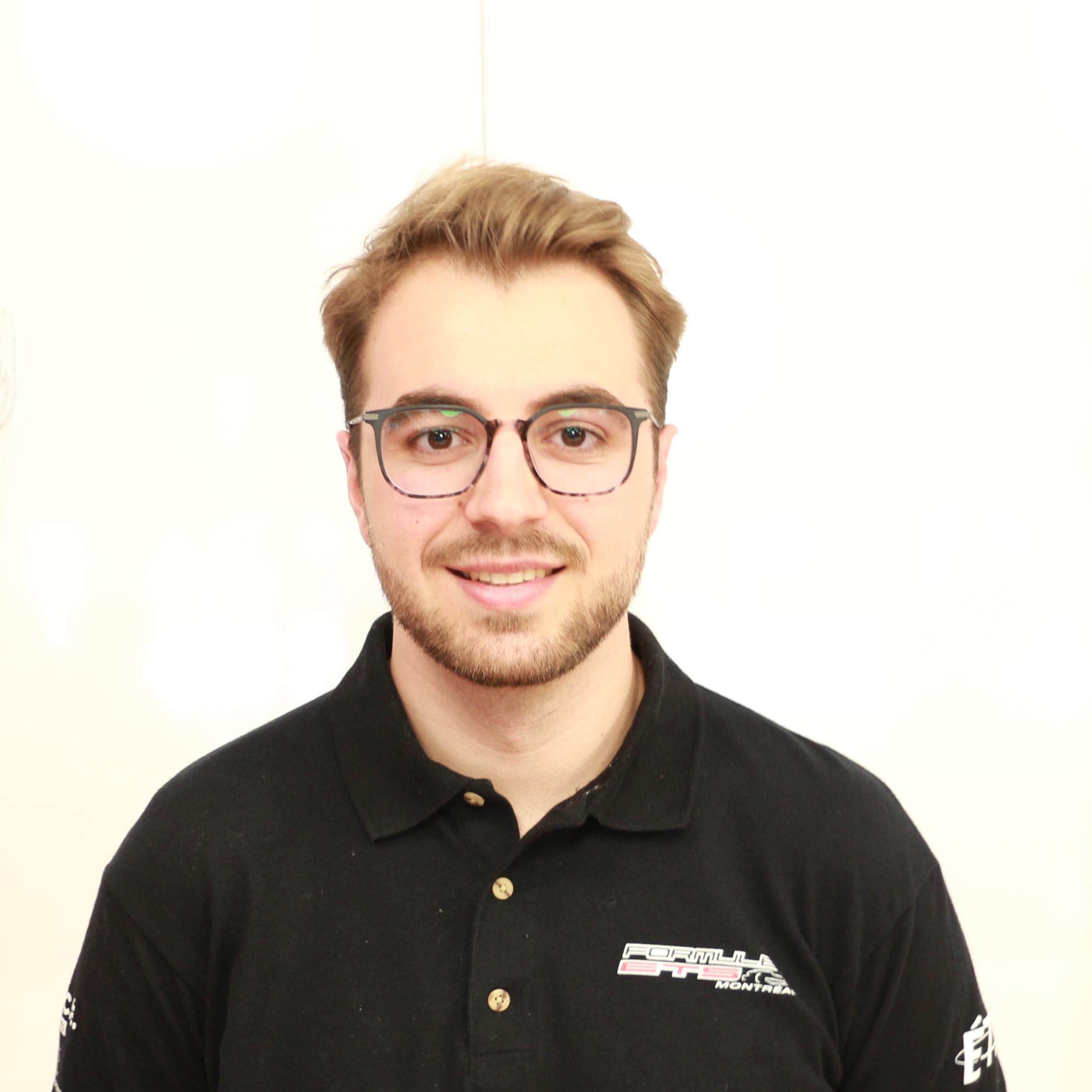 Antoine Desrochers-Lapalme   Technical Director  a.desrochers.formule.ets@gmail.com