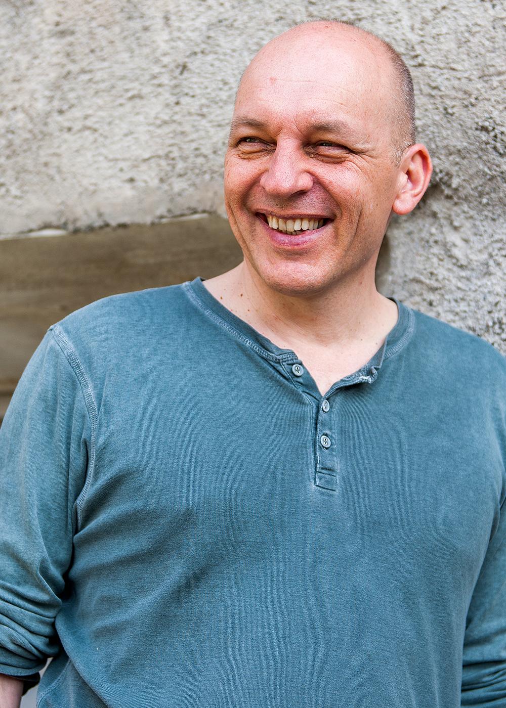 Tim Krohn ist Schriftsteller und lebt in Santa Maria. Der Text ist seine Rede zur 1. August-Feier der Val Müstair von 2016.  Bild: zVg