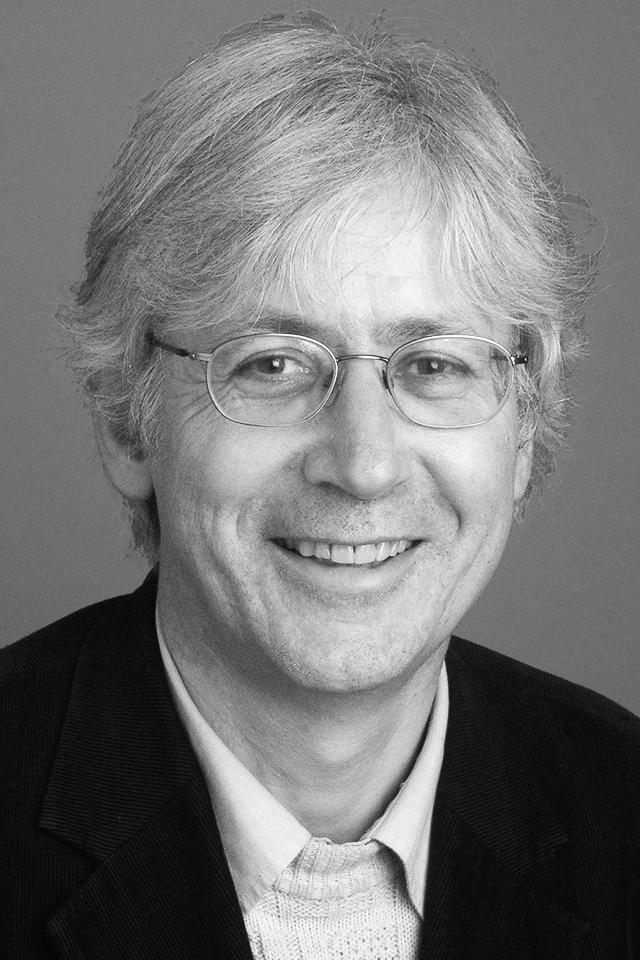 Jon Mathieu ist Historiker und Professor für Geschichte mit Schwerpunkt Neuzeit an der Universität Luzern. Er ist insbesondere bekannt als Gebirgsforscher und Historiker der Alpen.  zVg