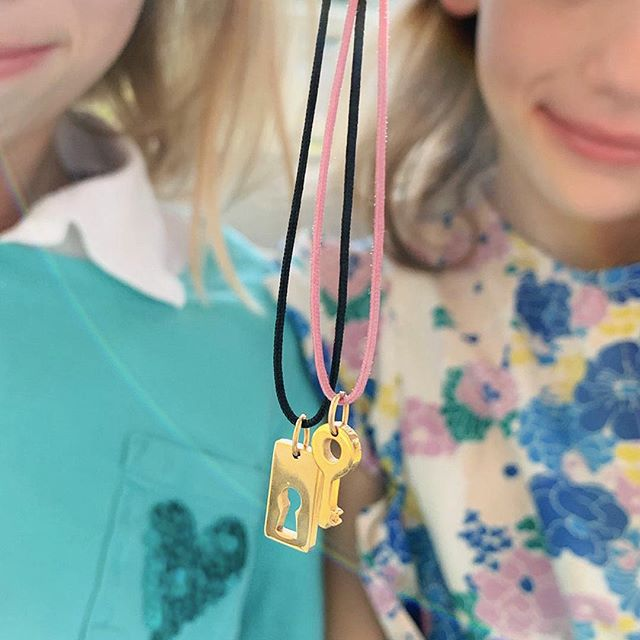 Bffs fit together like a lock&key. Sometimes sisters too @jen__mcconnell 💕#lockandkey #forgood #jewelrywithmeaning #bffjewelry