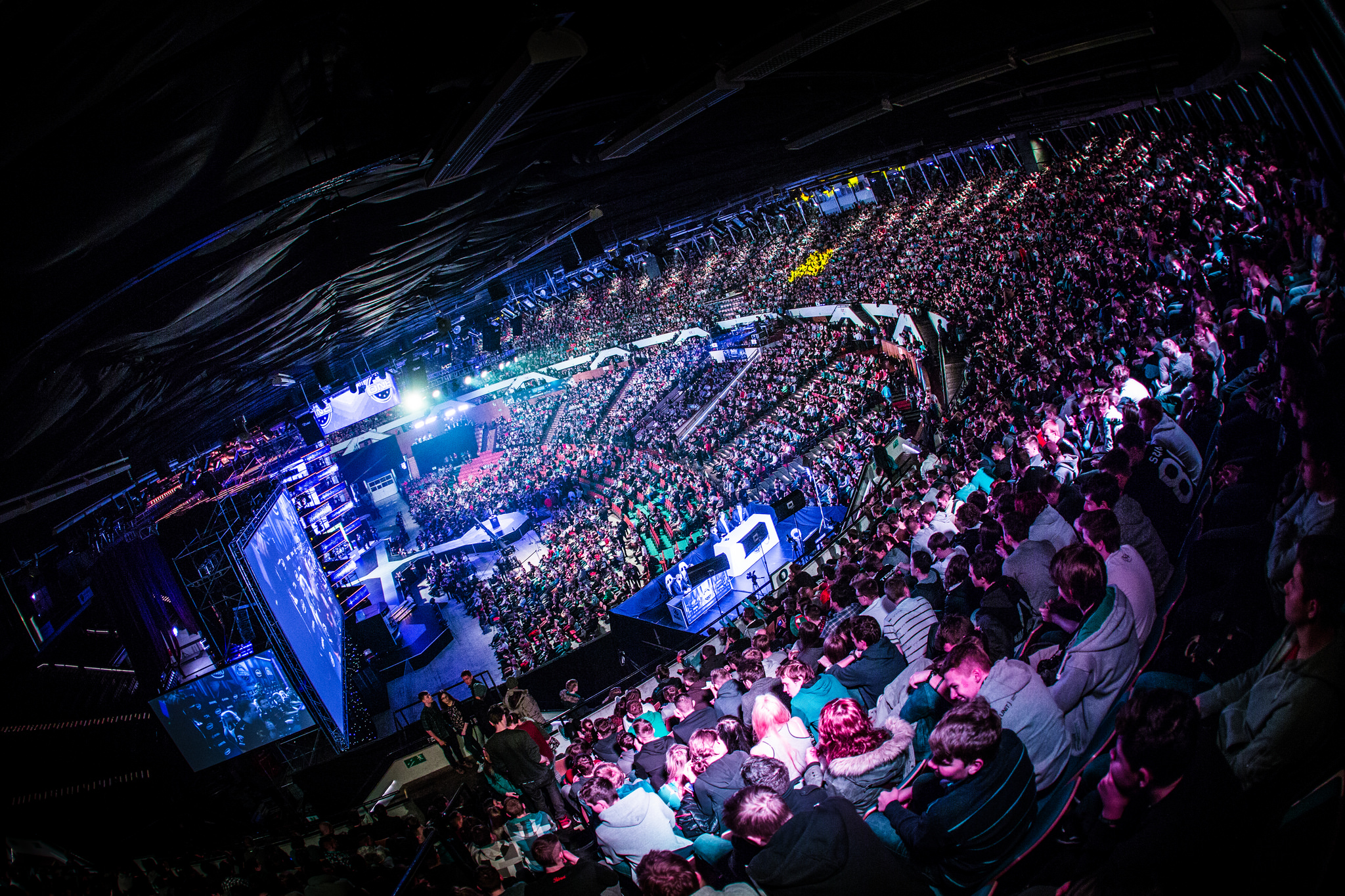 Learn about eSports and why restaurants should market to competitive gaming fans.