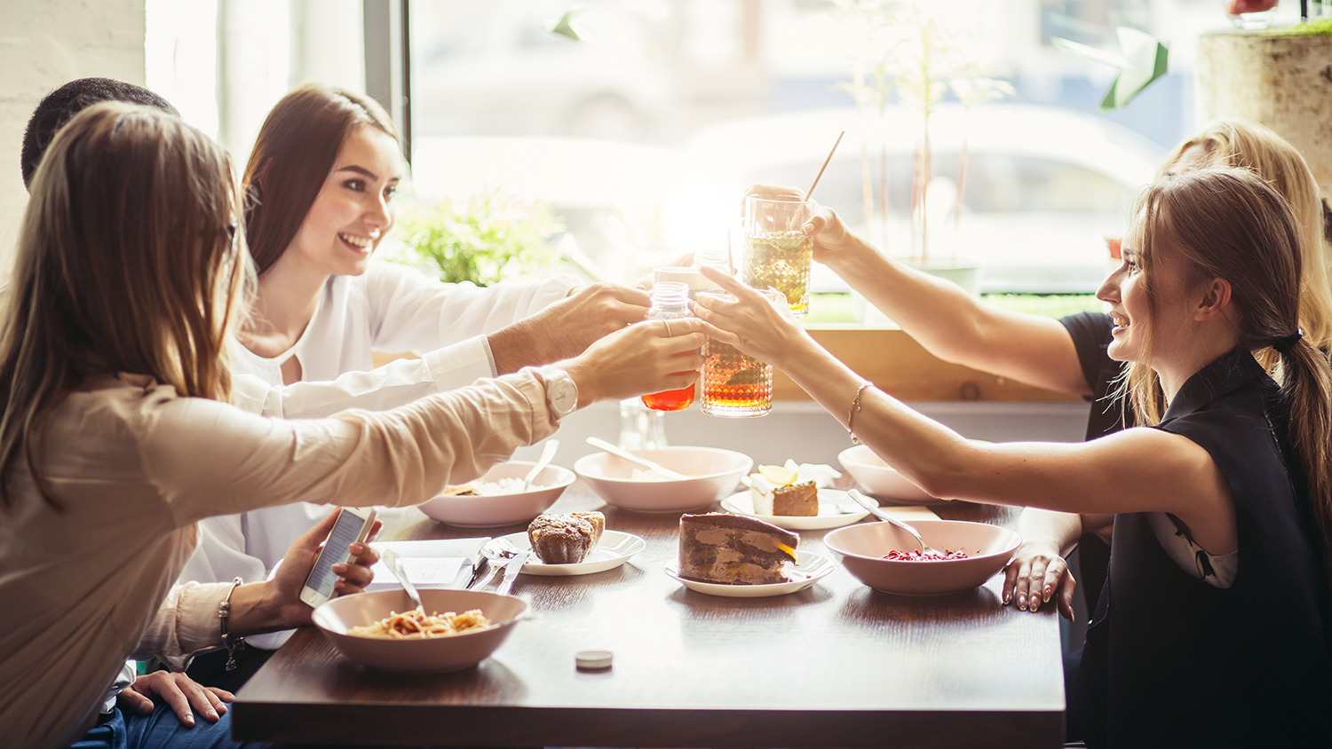 Use email marketing to give guests great deals to your restaurant