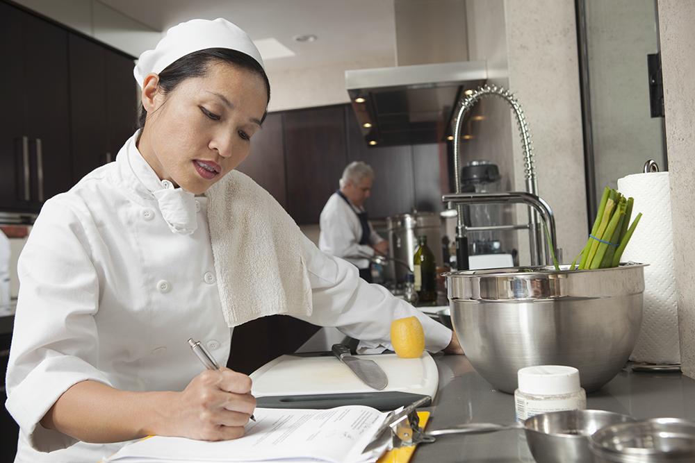 Restaurants can diversify their vendors to improve cash flow.